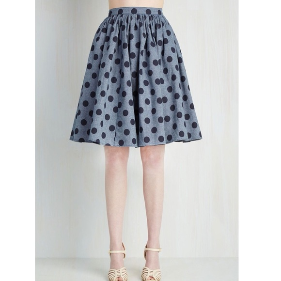 b7fd1e7393 ModCloth polka dot Saturday Sojourn full skirt. M_5b06e46700450ff1cfa47460